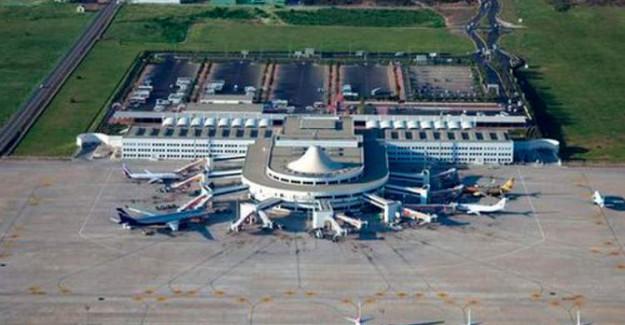 Havalimanında Korkutan Yangın, Uçuşlar Durduruldu!