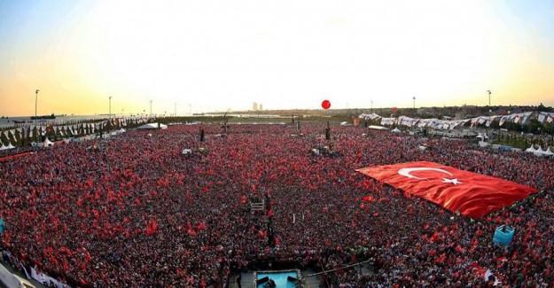 İlk Kez Yok! AK Partilileri Hüzne Boğan Eksiklik!