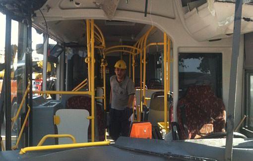 İstanbul'da Belediye Otobüsünde Sapık Skandalı!