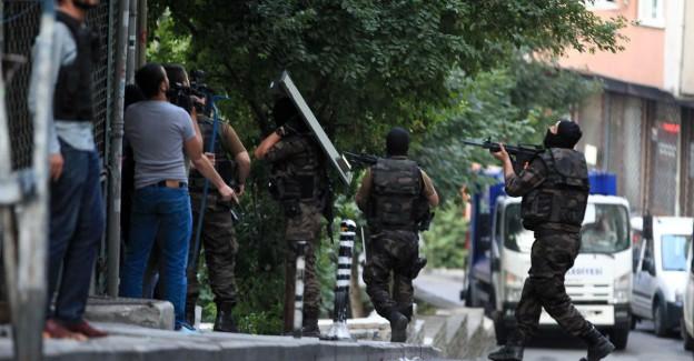 İstanbul'da Dev Terör Operasyonu; Çok Sayıda Gözaltı