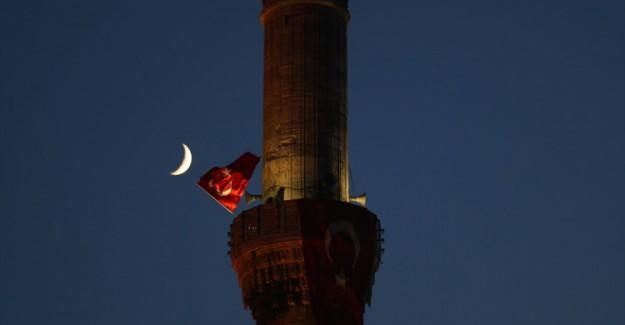 İstanbul'da Tüyleri Diken Diken Eden Görüntü