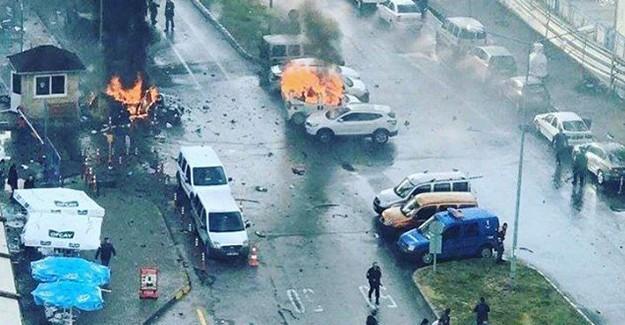 İzmir'de Büyük Patlama! 2 Terörist Anında Öldürüldü!