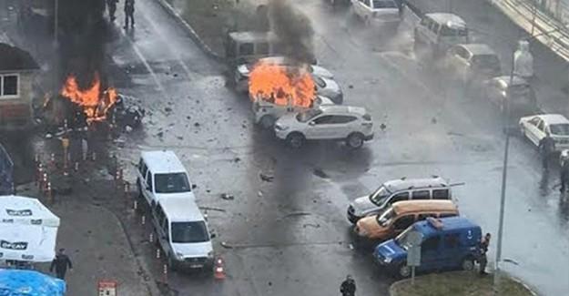 İzmir Saldırısında O Jandarmalar Neden Müdahale Etmedi?