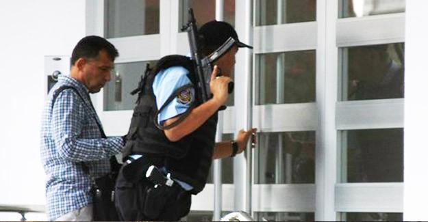 'Kara Çarşaflı Terörist' Alarmı