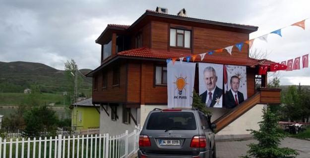 Köyünde Başbakanlık Sevinci Var