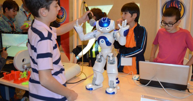 Malatya'da robotlar yarıştı