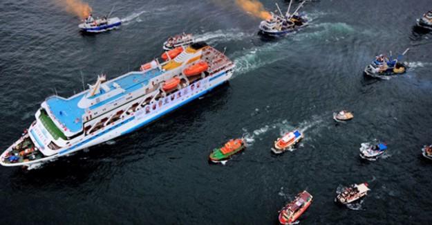 Mavi Marmara insanlık adına yolculuğunu sürdürüyor
