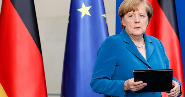 Merkel'in 4 Ülke Liderine Zirve Daveti