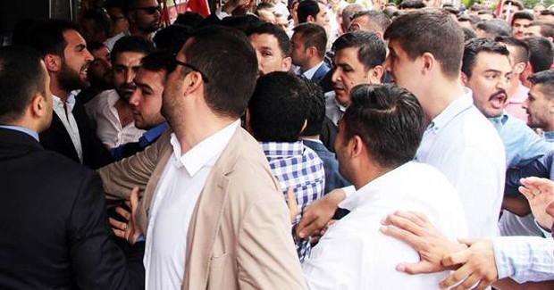 MHP'de Kurultay Kavgası