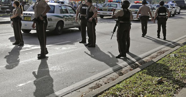 Miami'de Silahlı Saldırı, 8 Yaralı