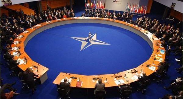 NATO Generalinden 'Rusya' Uyarısı