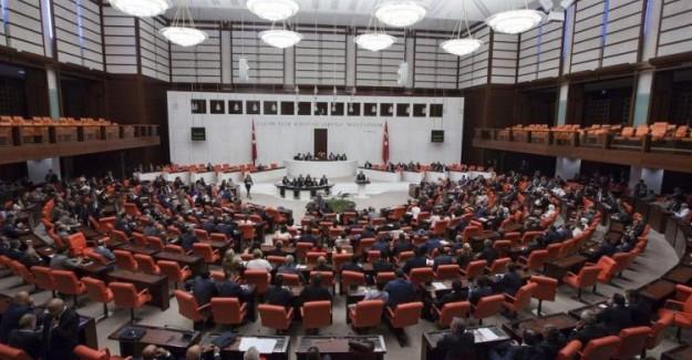 OHAL'in İlk KHK'sı Meclis'te Kabul Edilerek Kanunlaştı