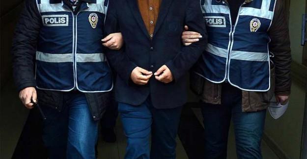 Operasyonda 14 FETÖ'cü Akademisyen Tutuklandı