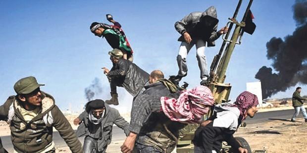 ÖSO Yaklaşıyor; İŞİD Köşeye Sıkışıyor