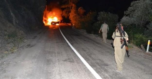 PKK'lı teröristler yine saldırdı: Tunceli'de araç yaktılar!