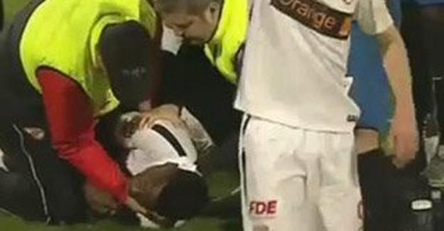 Sahada Kalp Krizi Geçiren Futbolcu Kurtarılamadı!