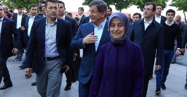 Sare Davutoğlu'dan Binali Yıldırım'ın eşine kutlama