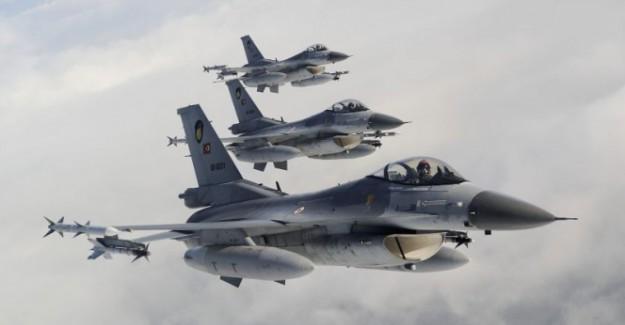 Şemdinli'de uçak hareketliliği: Türk jetleri Irak yönüne hareket etti!