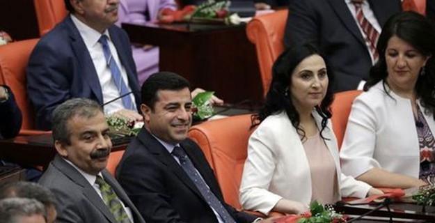 Şimdi Gözler HDP'lilerde; Bakalım Ne Yapacaklar?