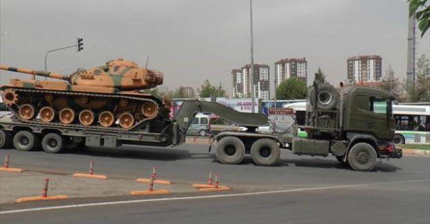 Sınıra Tank Sevkıyatı Yeniden Başladı