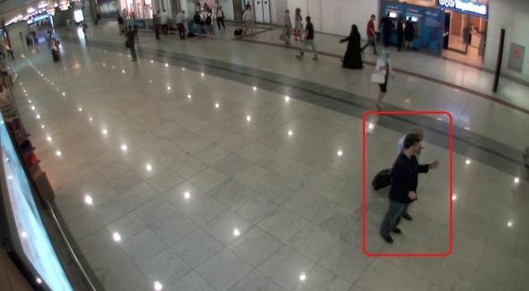 'Sır' Buluşma: FETÖ İmamı Adil Öksüz'ü Havalimanında Kim Karşıladı?