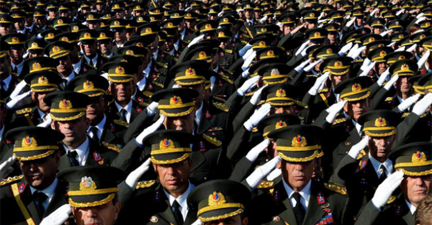 Subayların Hizmet Süresi İndirildi