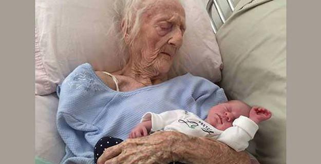 Tam 101 Yaşında 'Anne' Oldu; Üstelik Türkiye'de!