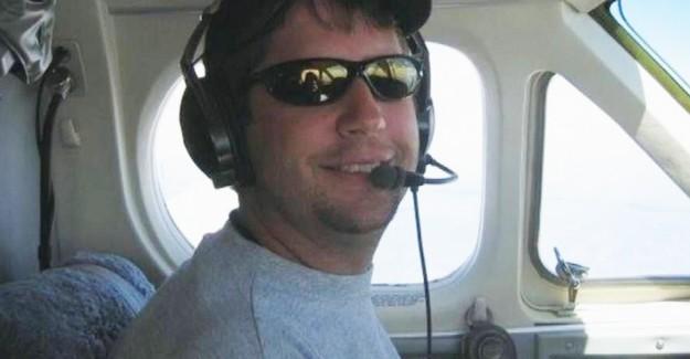 Türk Genci Uçak Kazasında Öldü