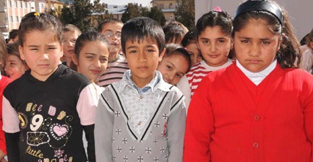 Türkçe Öğrenen Afganlı Öğrencilere Sertifikaları Verildi