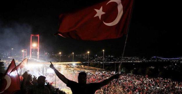 Türkiye Harekete Geçti; Darbe Girişimi Dünyaya Böyle Anlatılacak