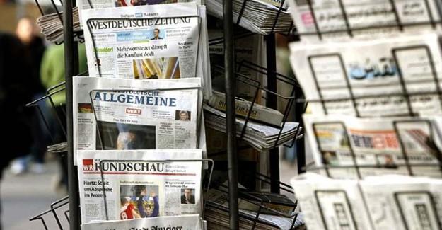 Türkiye'nin DAEŞ Harekatına İlk Tepkiler: O Gazete Yine Çarpıttı