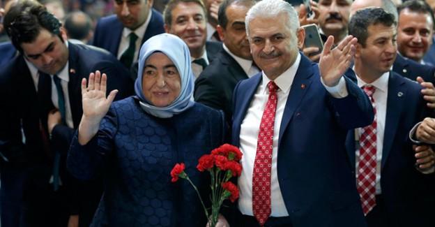 Türkiye'nin Yeni First Lady'sine Yapılan Aşağılık Saldırılara Sert Tepki!