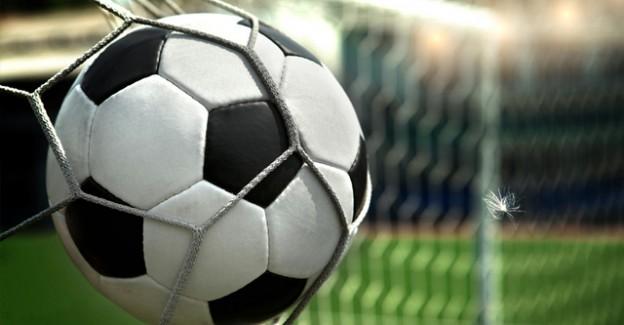 Ünlü İsim Futbolu Bıraktığını Açıkladı