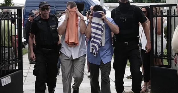 Yunanistan'a Kaçan Darbecilerin Avukatından Tepki Çeken Olay