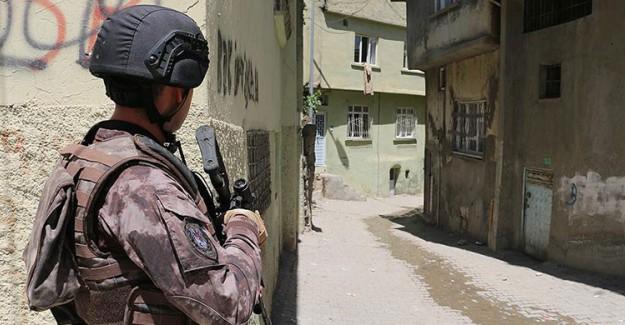 7 İlde Terör Operasyonu! 39 Kişi Gözaltında