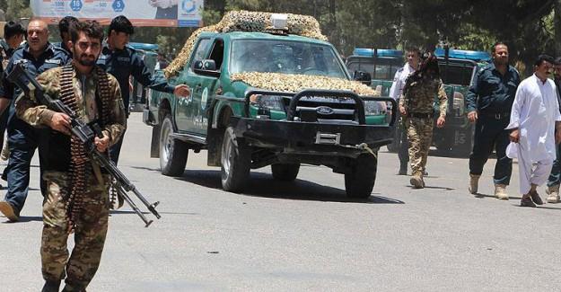 Afganistan'da Bankaya Bombalı Saldırı: 20 ölü, 50 yaralı!