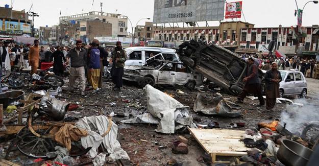 Afganistan'da Bir Camide Patlama Meydana Geldi!