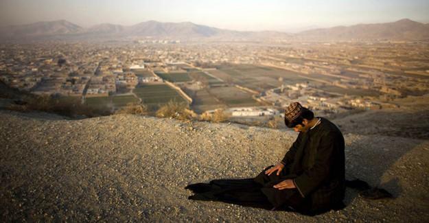 Allah'ın Mü'min Kulları Arasında En Çok Sevdiği Kişi ve 10 Özelliği