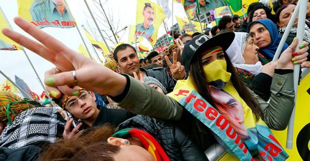 Almanya'da PKK'lılar Polisle Çatıştı!