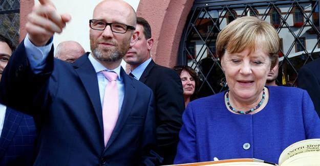 Angela Merkel Genel Seçim Sonrası Koalisyon İstemiyor