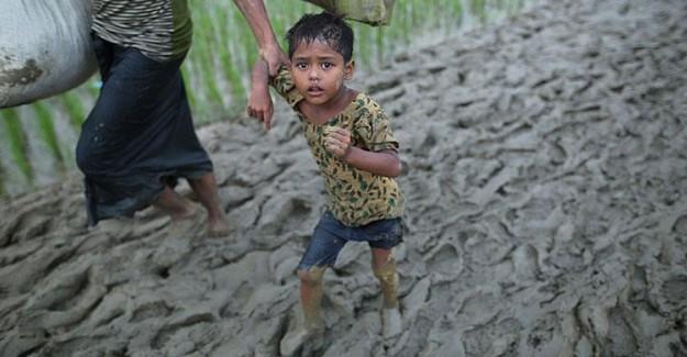 Arakanlı Müslümanların Bangladeş'e Geçiş Mücadelesi!