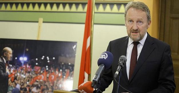 Bakir İzetbegovic: FETÖ Hain Bir Terör Örgütüdür!