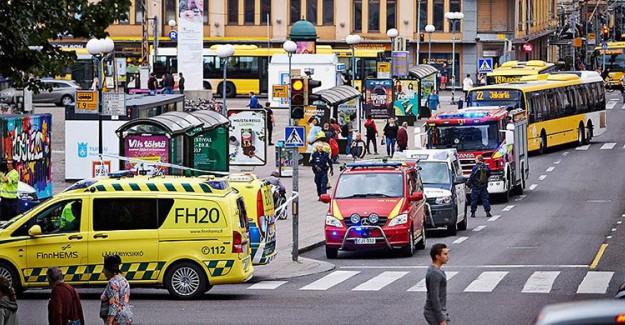 Barcelona'nın Ardından Bu Kez Finlandiya'da! Ölü Ve Yaralılar Var