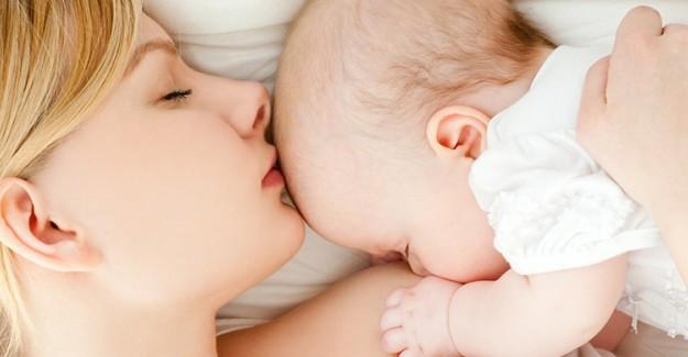 Bebeğini Emziren Annelerin Bilmesi Gereken 7 Kural