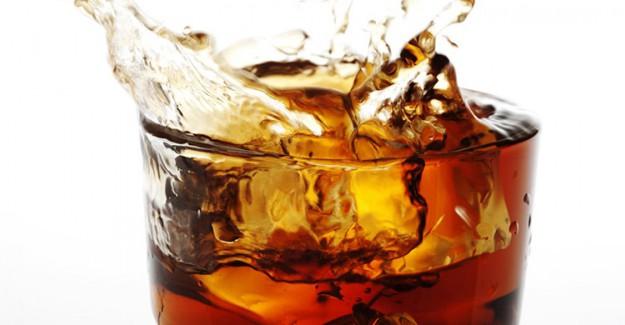 Bir Bardak Gazlı İçecek 10 Küp Şeker Değerinde!