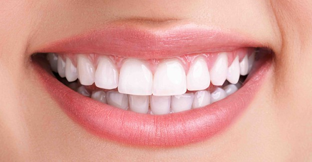 Bu Baharat Sayesinde Diş Sararmasına Son Verin!