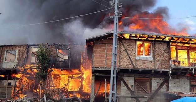 Çankırı'da Korkutan Yangın! 30 Ev Kullanılmaz Hale Geldi