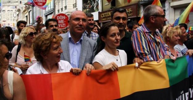 CHP'li Mahmut Tanal Müftülere Nikah Yetkisine Tepki Gösterdi!