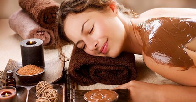 Çikolatanın Ciltte Yarattığı Mucizelere İnanamayacaksınız!