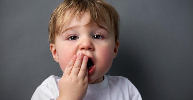 Çocuklar Uyku Esnasında Konuşmayı Öğreniyor!